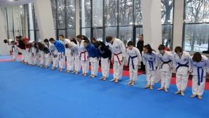 България ще участва на световното по карате с деветима състезатели