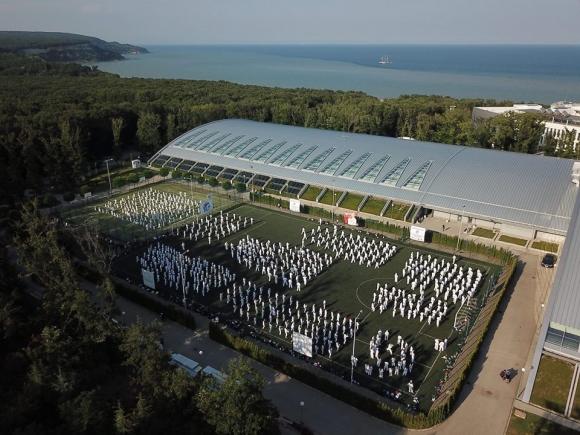 Близо 1600 каратеки пристигат в България за тренировъчен лагер