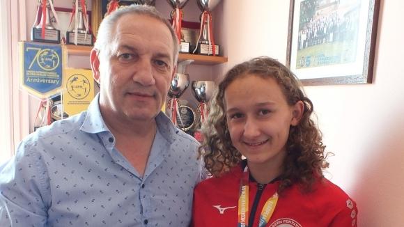 Още един златен медал за европейската ни шампионка по модерен петобой