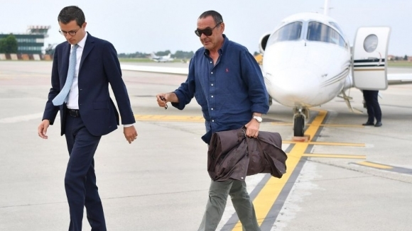 Маурицио Сари пристигна в Торино (видео)