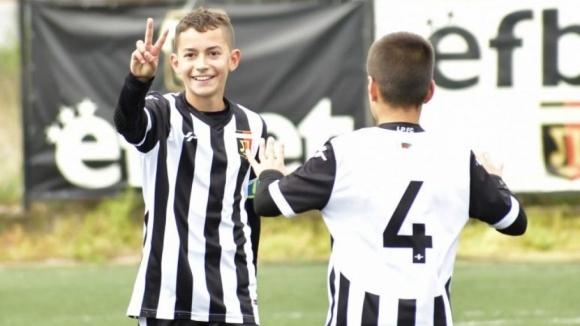 "Школата на Локо (Пд) организира ""Футболно лято"""