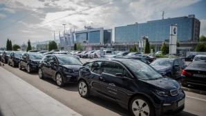 Spark добави 15 електромобила BMW i3 за споделена мобилност