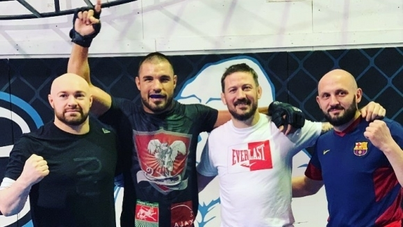 Георги Валентинов тренира при наставника на Джон Кавана