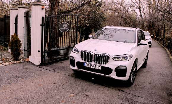 Дяволска машина (тест на новото BMW X5 M50d)