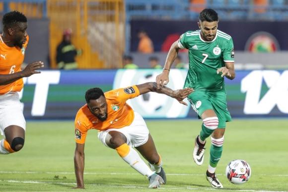 Алжир на полуфинал след драма с дузпи