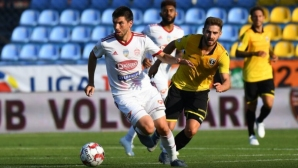 Митрев не пусна гол срещу отбора на Стефан Велев и Ради Димитров