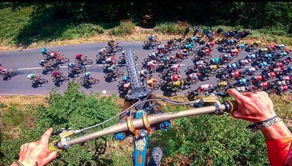 Велосипедист прелетя над колоната в Тура
