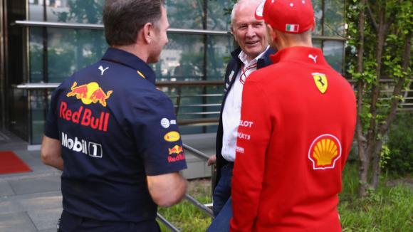 Марко съветва Фетел да се махне от Ферари час по-скоро