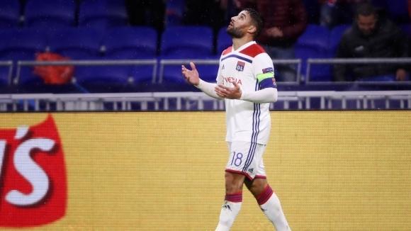 Лион замрази трансфера на Фекир в Бетис, играчът чака оферта от по-голям отбор