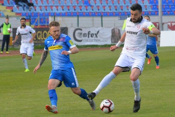 Божидар Митрев допусна четири гола от Ботошани