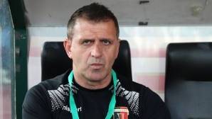 Бруно Акрапович: Езе вдигна крака си да убие комар и така Славия вкара