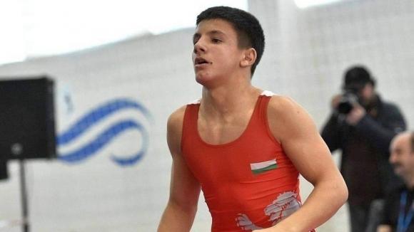 Пето място за свободняка Иван Стоянов на олимпийския фест в Баку