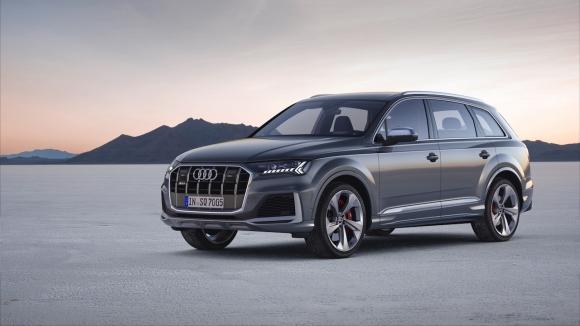 Спортното Audi SQ7 със свежо лице и нови умни системи