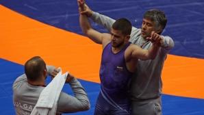Мъжете в свободния стил заминаха за турнир и лагер в Румъни