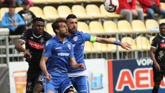 Митрев не допусна гол, но Волунтари остава без победа