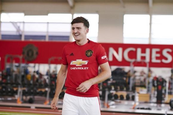 Манчестър Юнайтед обяви с какъв номер ще играе Магуайър