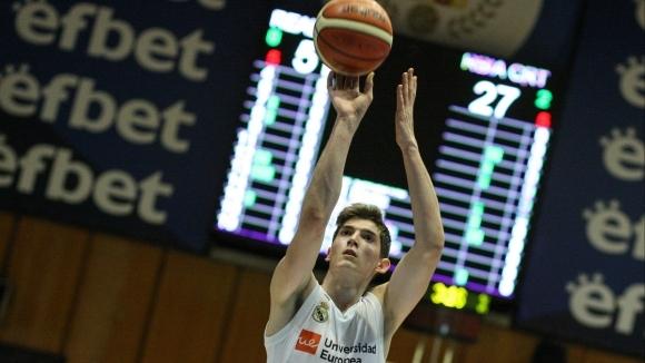 Наш баскетболист следен изкъсо от грандовете в Европа