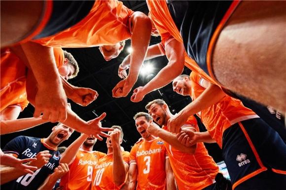 Холандия спечели съседското дерби с Белгия и остава в борбата за Токио 2020 (видео + снимки)