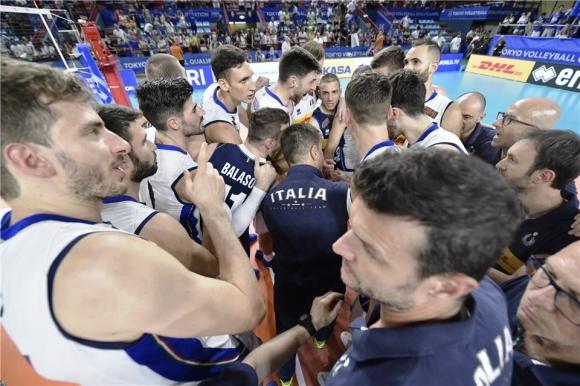Италия излъга Австралия в петгеймов трилър и остана в битката за Токио 2020 (видео + снимки)