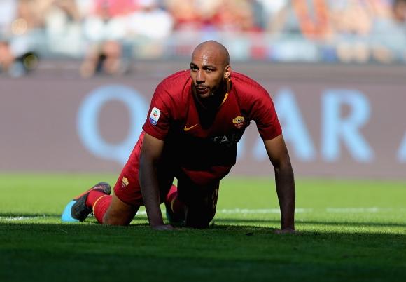 Халф на Рома заминава за Турция