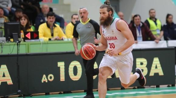 Левски Лукойл си върна Чавдар Костов