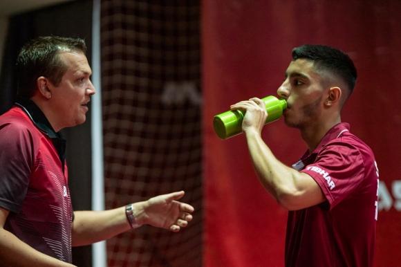 Националният треньор по тенис на маса доволен от българите в Панагюрище