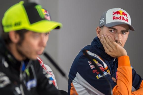 Тежките падания с Honda шокирали Лоренсо