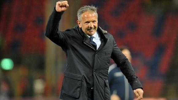 Михайлович напусна болницата - ще бъде на пейката на Болоня тази вечер
