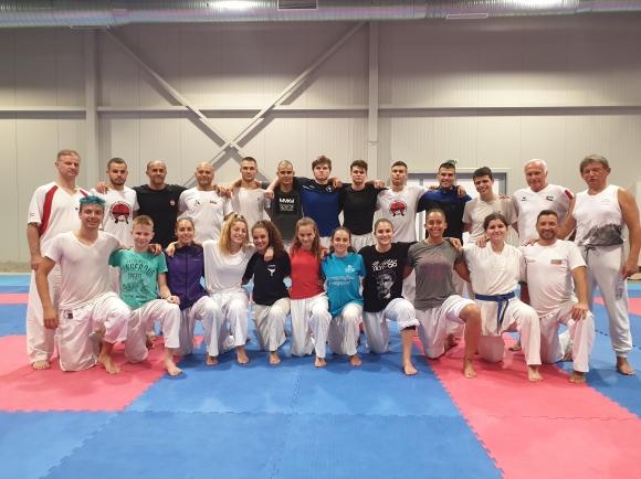 Националите по олимпийско карате се подготвят в Кранево