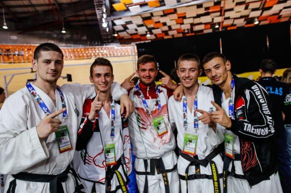 Доброто представяне на България на Световното по таекуон-до ITF продължава и днес
