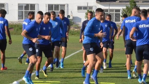 Арда пристигна в София за мача срещу Славия с група от 19 футболисти
