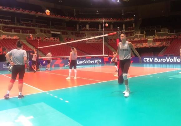 Националките изпълнени с мотивация за победа над Азербайджан