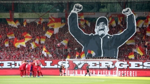 Унион разтресе Бундеслигата с вземането на скалпа на Дортмунд