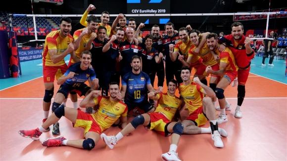 Испания би резервите на Германия и се класира за 1/8-финалите (снимки)