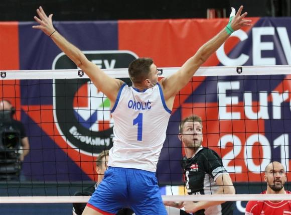 Сърбия разгроми Австрия и записа 5-а поредна победа на Евроволей 2019 (снимки)
