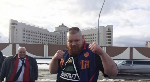 Стреляха по скандален ММА боец в Русия