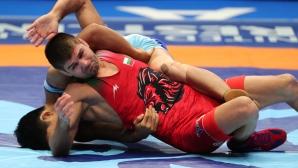 Иво Ангелов загуби на четвъртфиналите на Световното по борба