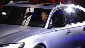 Роналдо има 500 милиона долара в банковата сметка и 17 коли