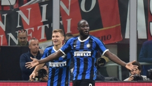 "Милано отново е ""черно-синьо"", и ""росонерите"" не спряха победния ход на Интер (видео+галерия)"