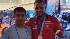 Нов медал за България на Световното по щанги в Патая