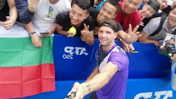 Григор Димитров вече тренира в Пекин (снимки)