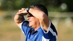 Тонов: Моите футболисти ме изненадаха с лежерното си поведение