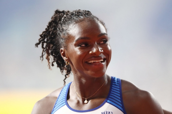Ашър-Смит най-бърза в сериите на 200 метра, Схипърс няма да защитава титлата си