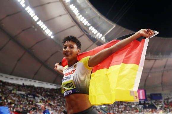 Европейската шампионка на скок дължина грабна и световната титла