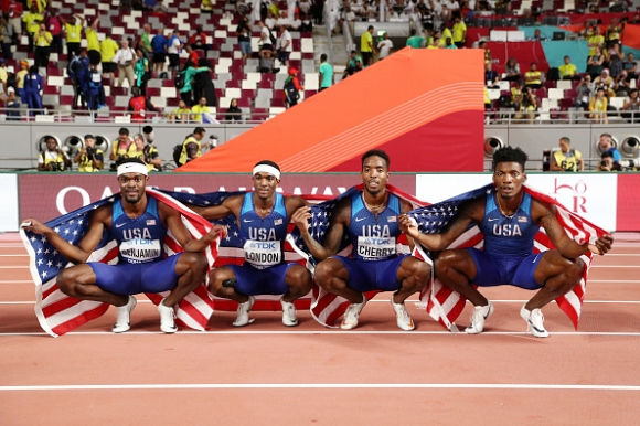 Триумф за САЩ и в щафетата 4х400 метра при мъжете