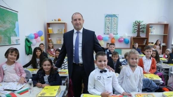 Президентът Румен Радев ще открие кръгла маса