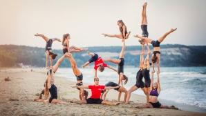 Националите по акробатика с открита тренировка преди Европейското