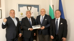 Министър Кралев се срещна с президента на световното таекуондо