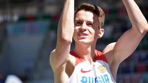 Иванюк спечели световната военна титла и развя руския флаг