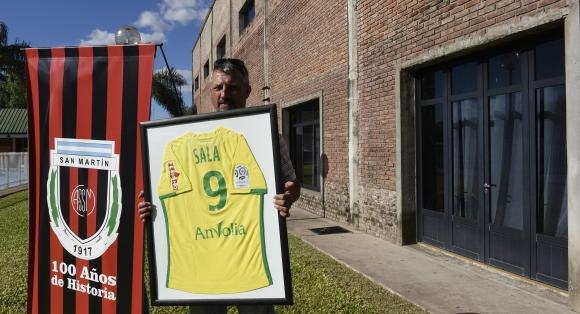 ФИФА заплаши Кардиф с трансферно ембарго